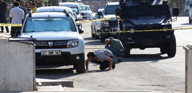Diyarbakır'da polis karakoluna saldırı