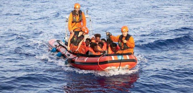 BM: Akdeniz'de kurtarma çalışmaları tekrar başlasın