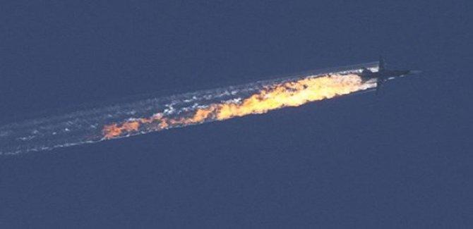 Savaş uçağı İdlip'te düştü