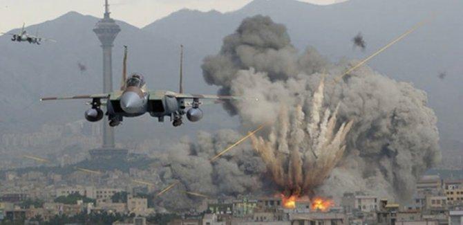 Rus savaş uçakları İdlib'e saldırdı: 15 ölü
