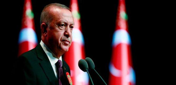 Erdoğan'dan törene katılmayan barolara tepki