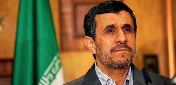 Ahmedinejad: Ben olsaydım nükleer anlaşmayı kesinlikle imzalamazdım