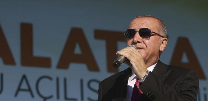Erdoğan: Müttefikimiz güvenli bölgeyi başkasına istiyor