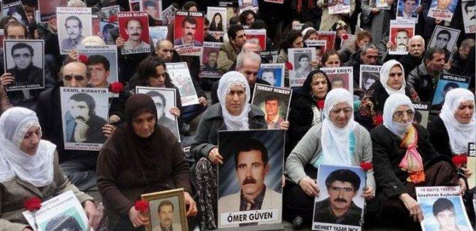 Cumartesi Anneleri'nden HDP önünde oturan annelere çağrı