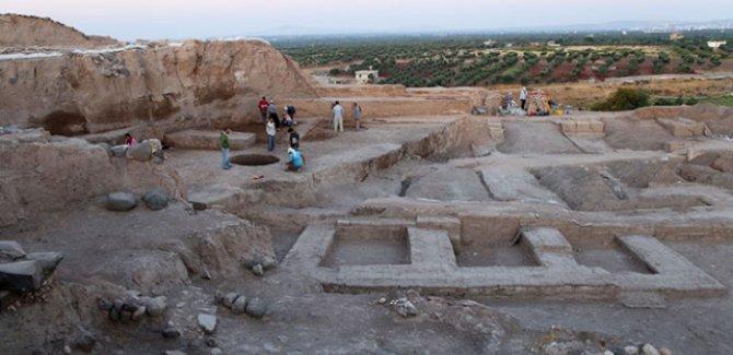 Kilis'te 4 bin yıllık olduğu tahmin edilen saray kalıntısı bulundu