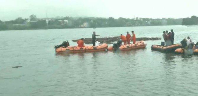 Tekne devrildi: 11 kişi hayatını kaybetti