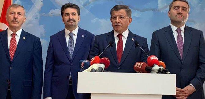 Davutoğlu, AK Parti üyeliğinden istifa etti