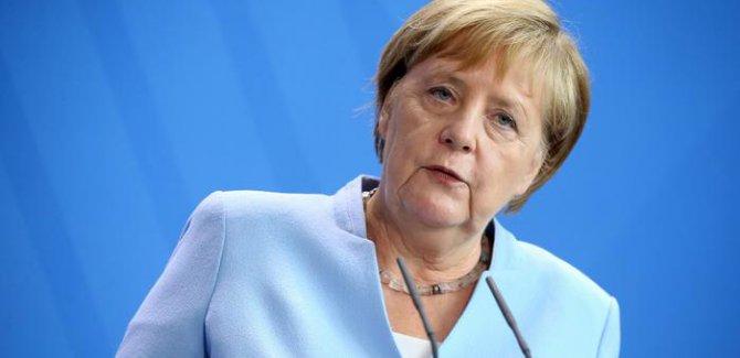 Merkel: Suudilere silah satışı yapılmayacak