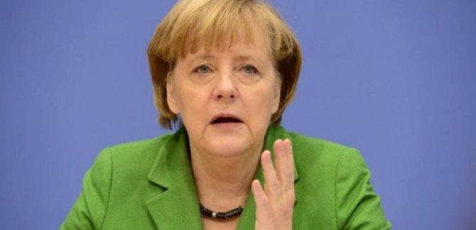 Merkel: Sanayileşmiş ülkeler küresel ısınmanın ana nedeni