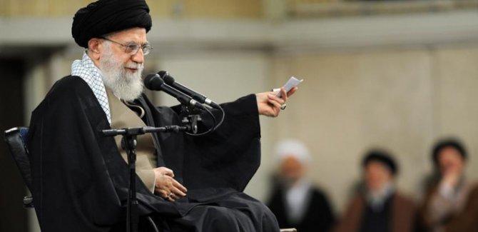 Hamaney: Düşmanlar İran ile Irak arasında anlaşmazlık yaratmaya çalışıyor