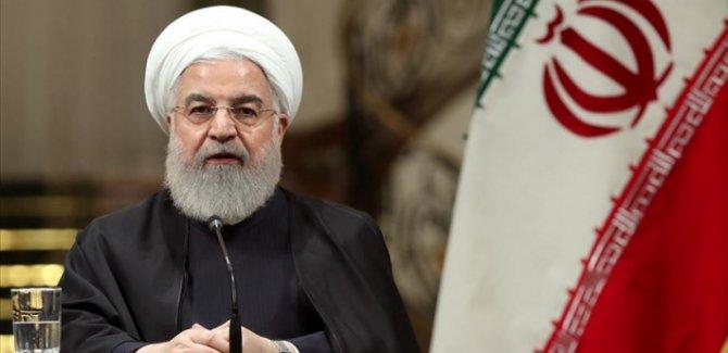 Ruhani:ABD bölgeden çıkmalı,Kürtler Esad güçlerinin yanında durmalı