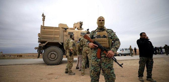 'ABD Rakka'daki askeri üssünü tahliye ediyor'