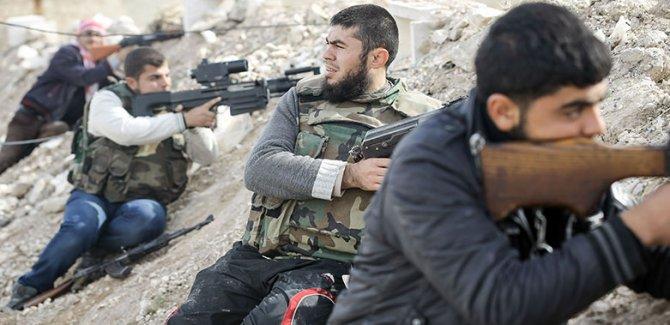 Menbiç'te Suriye Ordusu ile ÖSO arasında çatışma