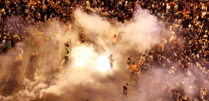 'WhatsApp vergisi' gösterilerinde 11 kişi yaralandı