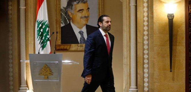 Hariri istifa etti