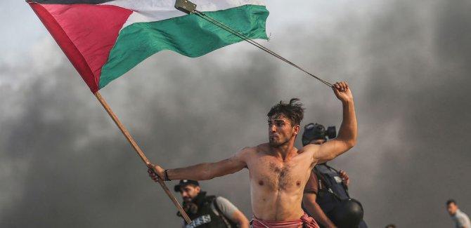 Direnişin Fotoğrafı Yılın Fotoğrafı