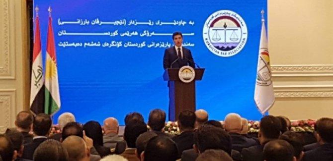 Barzani: Federal sistemi reddeden düzenlemeleri onaylamıyacağız