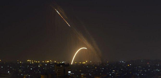 'Gazze'den İsrail'e yüzlerce füze atıldı'