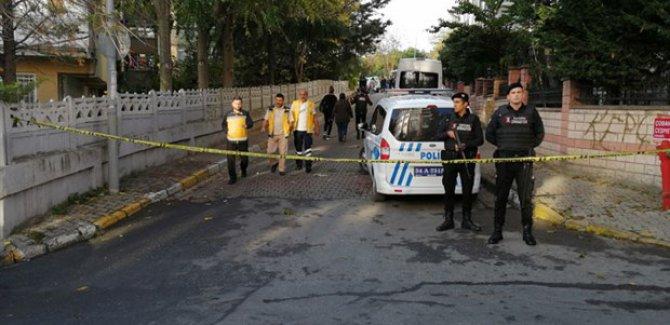 Bakırköy'de biri çocuk üç kişi siyanürden öldü