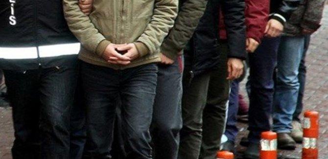 92 askere FETÖ'den gözaltı kararı