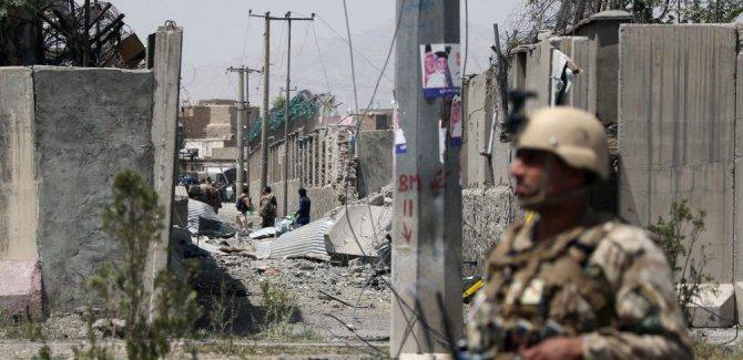 Kabil'de BM aracına bombalı saldırı