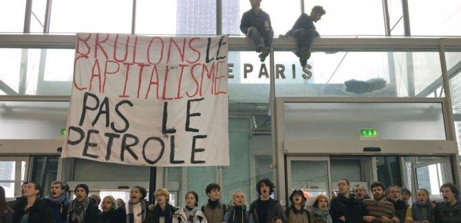 Sömürünün adı  'Kara Cuma' protestoları