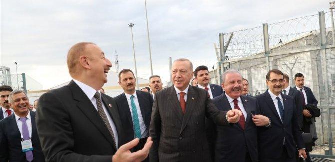Erdoğan'dan Rahatsız olan Yunan heyet, TANAP töreninden ayrıldı