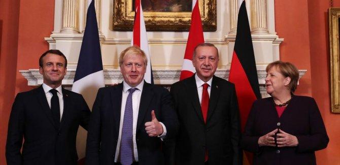 Londra'daki beklenen Dörtlü Zirve'de Suriye konuşuldu