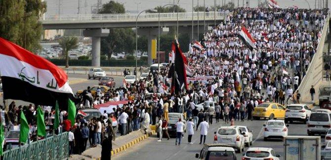 Bağdat'ta 'Milyonların Protestosu' başladı