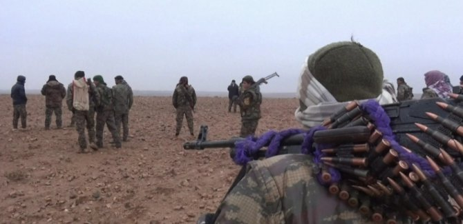 SOHR: Minbic'de HSD ile ÖSO arasında şiddetli çatışmalar yaşanıyor