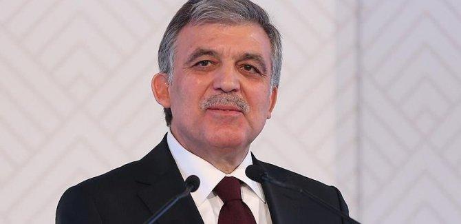 Abdullah Gül'den Ahmet Davutoğlu'na telefon