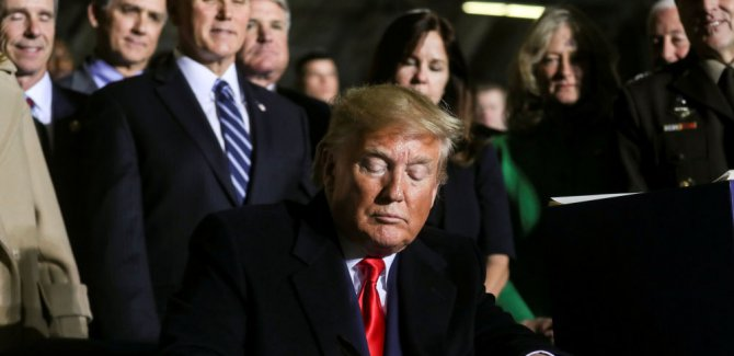 Trump, Türkiye'ye yaptırım öngören tasarıyı imzaladı