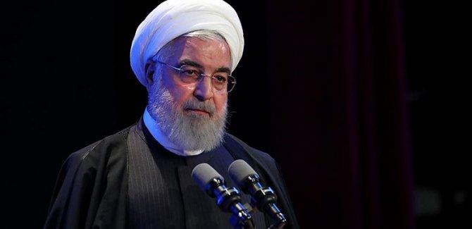 Ruhani: ABD, yaptırımları sona erdirmek zorunda kalacak
