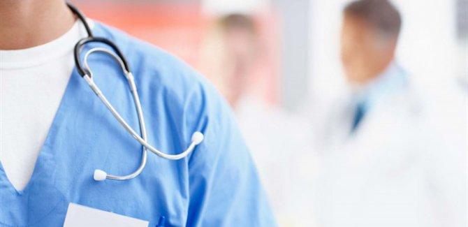 Sağlık çalışanlarına istifa yasağı kaldırılıyor