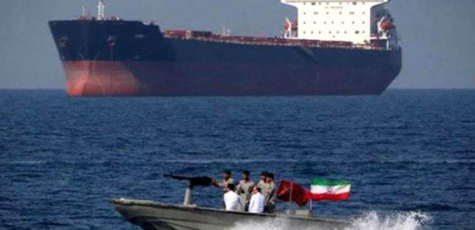 Körfez'de tansıyon yükseliyor: İran bir gemiye el koydu