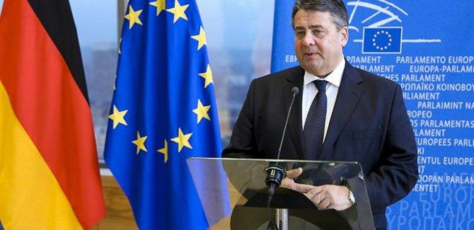 Gabriel: Avrupa gerekirse ABD ile çatışmayı göze almalı