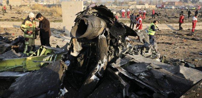 İran hükümeti: Uçağın füzeyle vurulduğu bizden saklandı