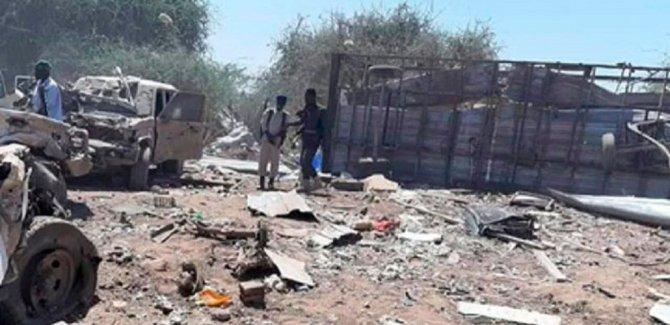 Somali'de bombalı araçla saldırı: 6'sı Türkiye vatandaşı yaralandı