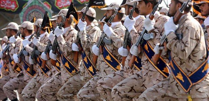 İran'da Besic komutanına suikast