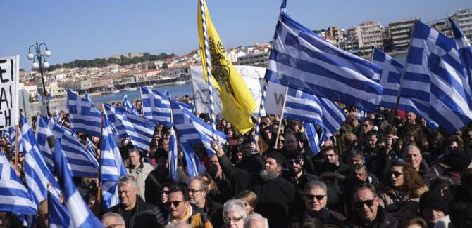Yunan adalarında sığınmacı grevi