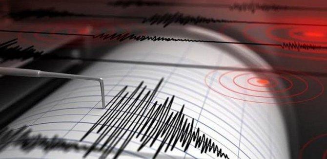 Manisa'da korkutan 5,4 büyüklüğünde deprem
