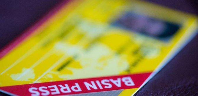 Çok sayıda gazetecinin sarı basın kartını iptal edildi