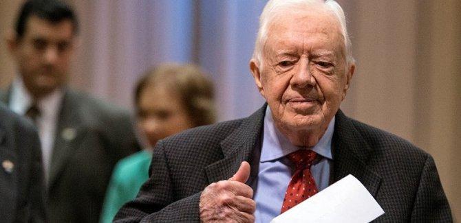 Carter: Trump uluslararası hukuku ihlal ediyor
