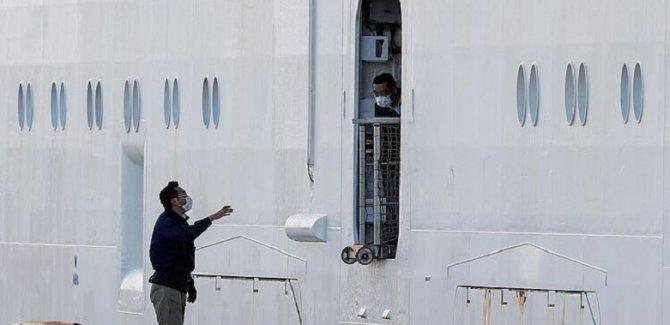 Karantinaya alınan gemide vaka sayısı 70'e yükseldi