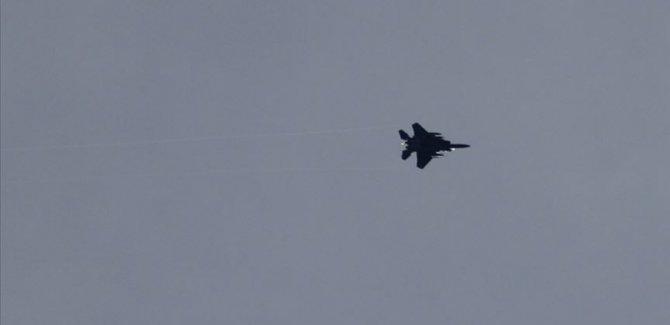 AA: ABD savaş uçakları Heseké'de rejime ait 2 askeri noktayı vurdu