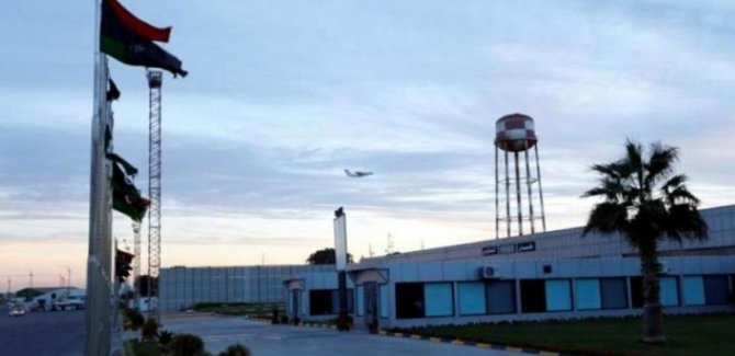 Havalimanını BM'ye Kapattılar