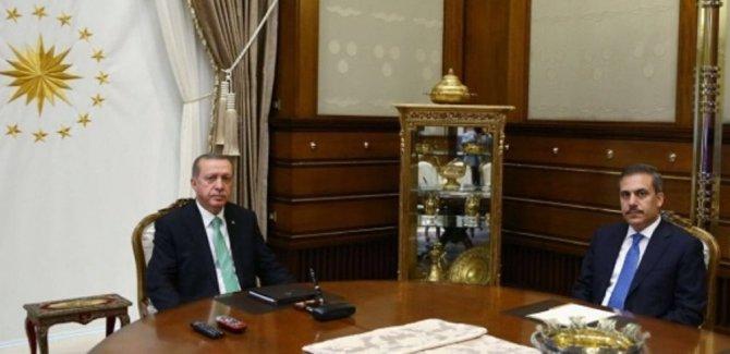 'MİT kumpası' Erdoğan ameliyata geç girince çöktü