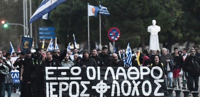 Göçmenleri dövüp Türkiye'ye geri yolluyorlar