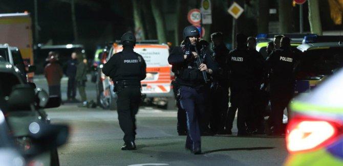 Li Almanyayê êrişa bi çekan: 11 kes hatin kuştin