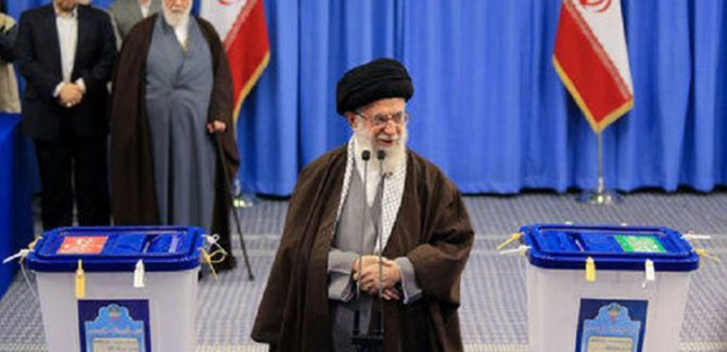 İran'da Parlamento Seçimleri için oy verme süreci başladı